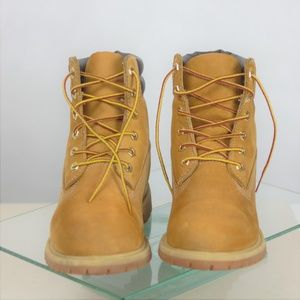 Timberland Women 9 M Lace-up Ankle Boots Tan Brown